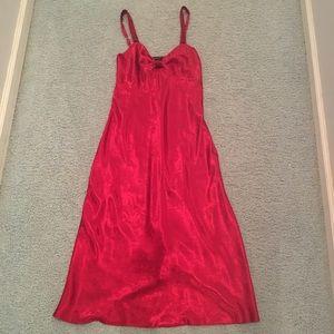 Lush midi silky dress